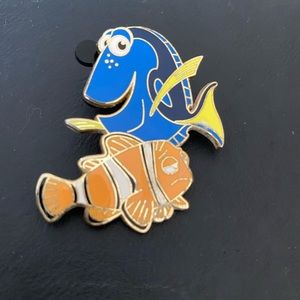 Disney Finding Nemo pin with Dory and Marlin Pin